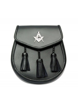 Semi Dress Black leather sporran